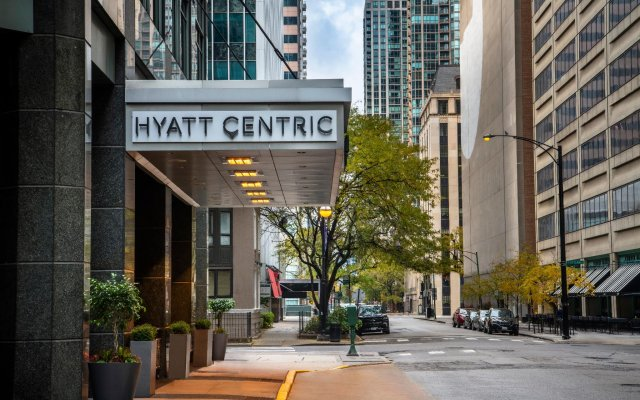 Отель Hyatt Chicago Magnificent Mile вид на фасад