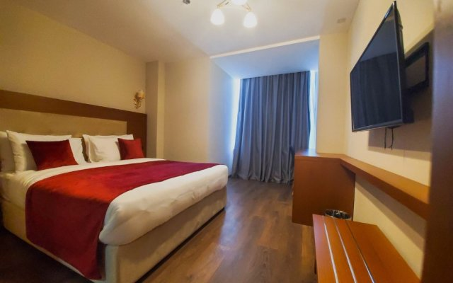 Albanopolis Hotel 2
