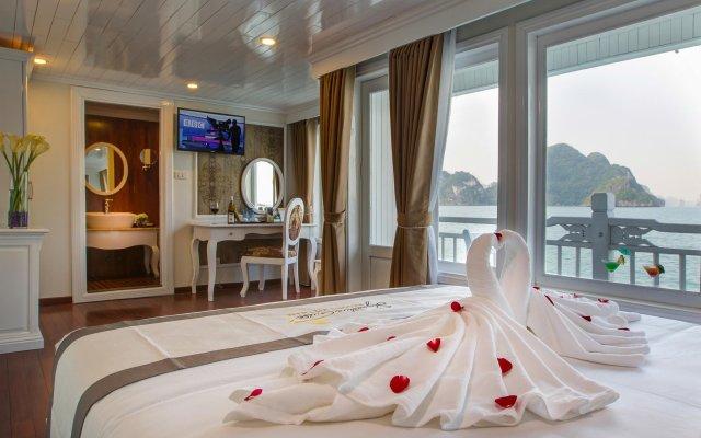 Отель Signature Royal Cruise комната для гостей