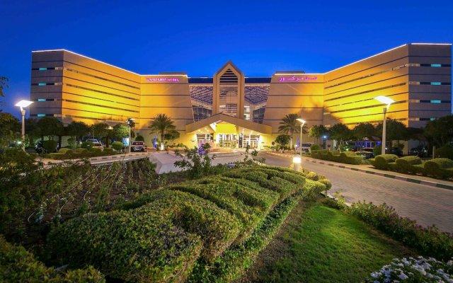 Отель Mercure Grand Jebel Hafeet Al Ain Hotel ОАЭ, Эль-Айн - отзывы, цены и фото номеров - забронировать отель Mercure Grand Jebel Hafeet Al Ain Hotel онлайн вид на фасад