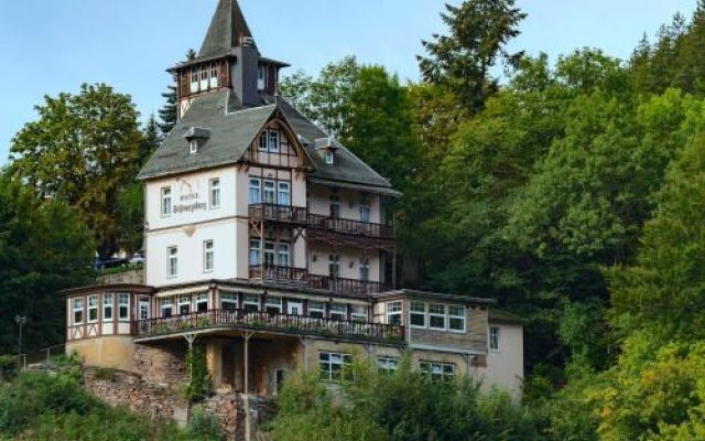 Hotel & Restaurant SchwarzaBurg вид на фасад