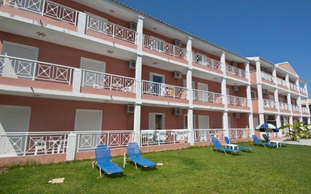 Отель Angelina Hotel & Apartments Греция, Корфу - отзывы, цены и фото номеров - забронировать отель Angelina Hotel & Apartments онлайн вид на фасад
