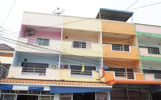 Отель Mook Guesthouse Ланта вид на фасад