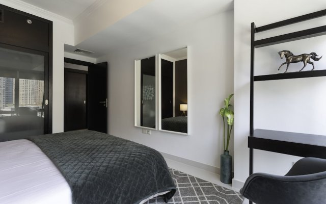Отель One Perfect Stay - Al Majara 3 комната для гостей