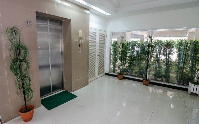 Отель NIDA Rooms 597 Suan Luang Park вид на фасад
