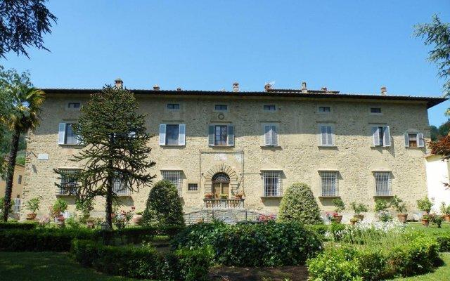 Отель Agriturismo Fattoria Di Gragnone Ареццо вид на фасад