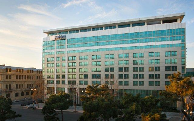 Отель Park Inn by Radisson Azerbaijan Baku