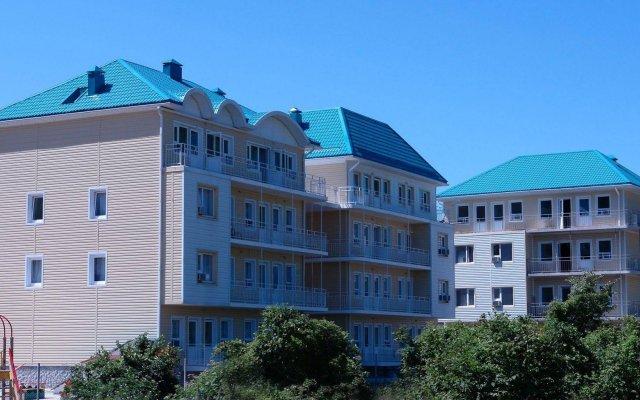 Гостиница «Лелюкс» в Ольгинке отзывы, цены и фото номеров - забронировать гостиницу «Лелюкс» онлайн Ольгинка вид на фасад