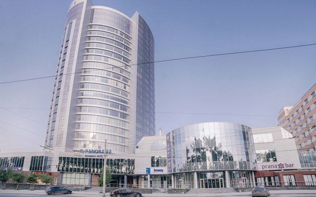 Гостиница Панорама Бизнес Отель в Екатеринбурге 9 отзывов об отеле, цены и фото номеров - забронировать гостиницу Панорама Бизнес Отель онлайн Екатеринбург вид на фасад