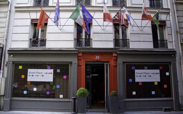Отель Smart Place Paris Gare du Nord by Hiphophostels вид на фасад