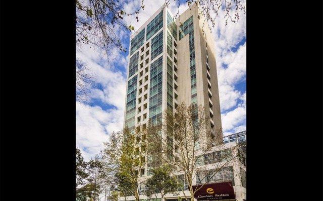 Отель Clarion Suites Gateway вид на фасад