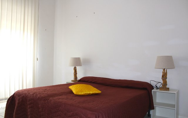 Отель Cagliari 4u комната для гостей
