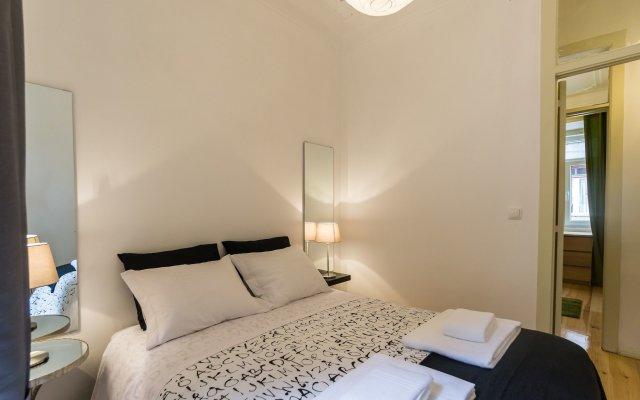 Отель ShortStayFlat Alfama e Castelo Португалия, Лиссабон - отзывы, цены и фото номеров - забронировать отель ShortStayFlat Alfama e Castelo онлайн комната для гостей