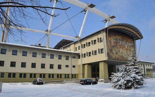 Отель Diament Stadion Katowice - Chorzów вид на фасад