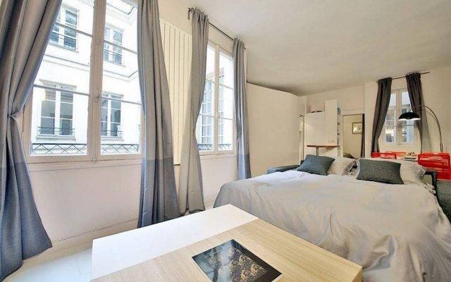 Отель Saint Germain Apartment Франция, Париж - отзывы, цены и фото номеров - забронировать отель Saint Germain Apartment онлайн комната для гостей