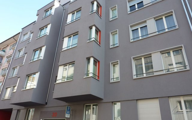 Апартаменты Ema House Serviced Apartments Seefeld Цюрих вид на фасад