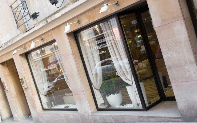 Отель Fertel Etoile Париж вид на фасад