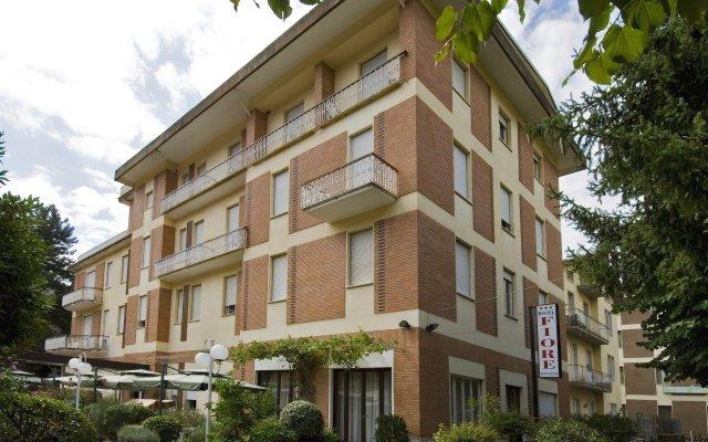 Hotel Fiore Фьюджи вид на фасад