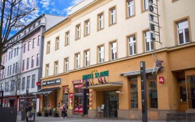 Отель Promohotel Slavie Чехия, Хеб - отзывы, цены и фото номеров - забронировать отель Promohotel Slavie онлайн вид на фасад