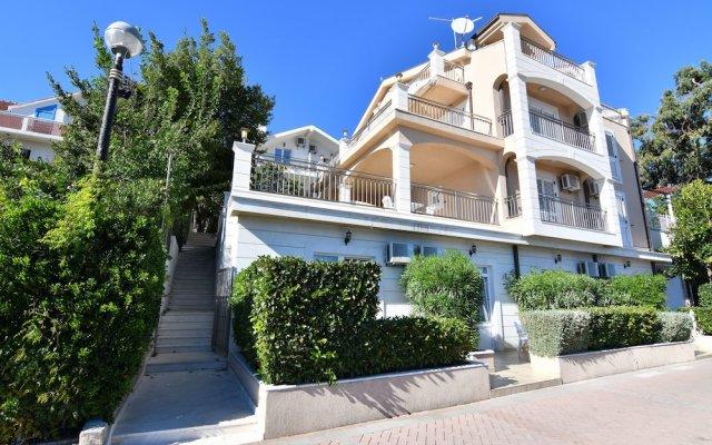Hotel Perla - Annexes