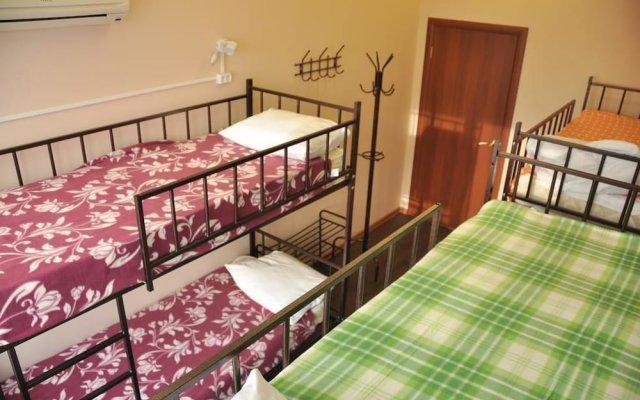 Гостиница The 8th floor hostel в Иркутске отзывы, цены и фото номеров - забронировать гостиницу The 8th floor hostel онлайн Иркутск вид на фасад
