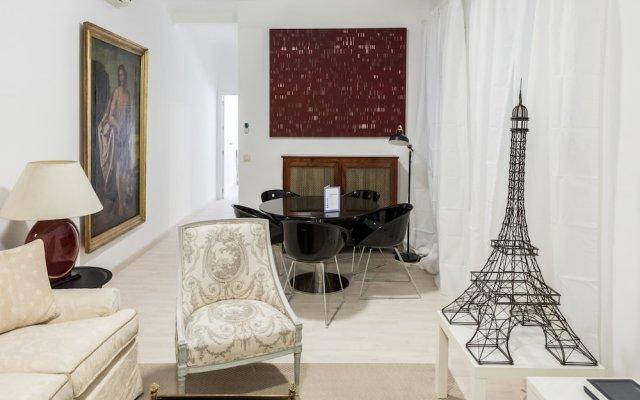 Отель Claudio Coello City Center Мадрид комната для гостей