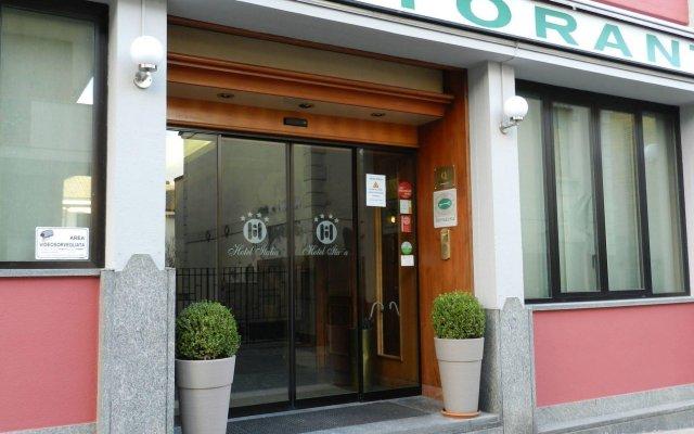 Hotel Italia Сан-Мартино-Сиккомарио вид на фасад