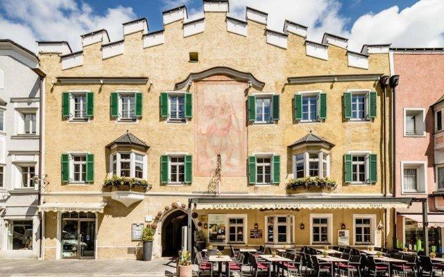 Hotel Restaurant Lilie Випитено вид на фасад