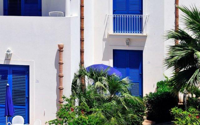 Отель Cala La Luna Resort Италия, Эгадские острова - отзывы, цены и фото номеров - забронировать отель Cala La Luna Resort онлайн вид на фасад