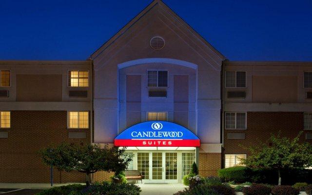 Отель Candlewood Suites Columbus Airport США, Гаханна - отзывы, цены и фото номеров - забронировать отель Candlewood Suites Columbus Airport онлайн вид на фасад