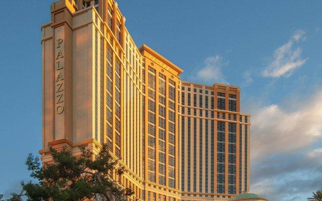 Отель The Palazzo Resort Hotel Casino США, Лас-Вегас - 9 отзывов об отеле, цены и фото номеров - забронировать отель The Palazzo Resort Hotel Casino онлайн вид на фасад