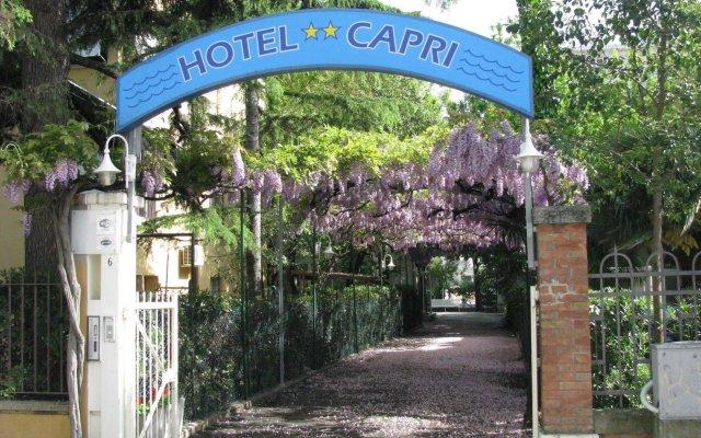 Hotel Capri Римини вид на фасад