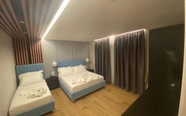 Blue Water Hotel 2