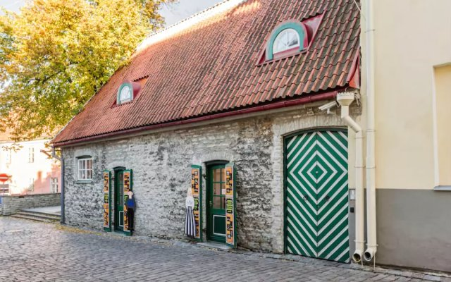 Апартаменты Tallinn City Apartments вид на фасад