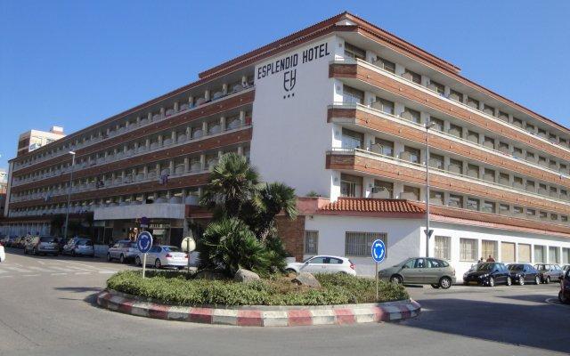 Hotel Esplendid вид на фасад
