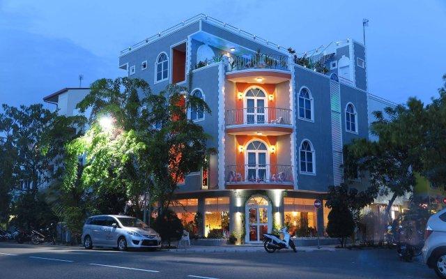 Отель Le Vieux Nice Inn Мальдивы, Северный атолл Мале - отзывы, цены и фото номеров - забронировать отель Le Vieux Nice Inn онлайн вид на фасад
