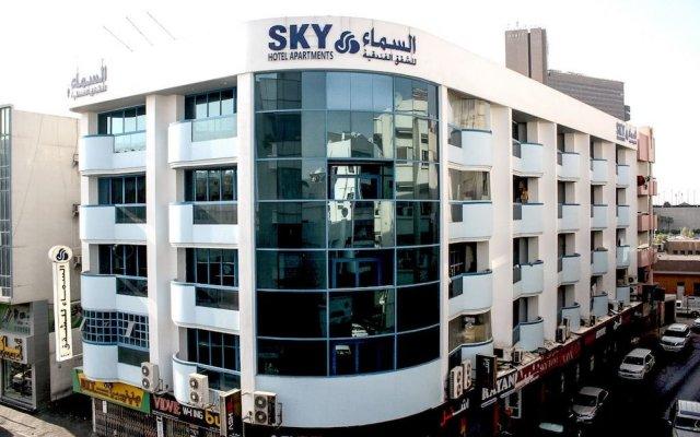 Sky Hotel Apartments вид на фасад