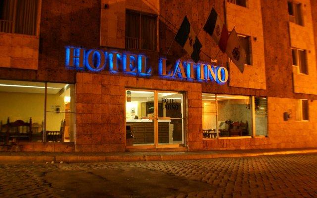 Hotel Latino вид на фасад
