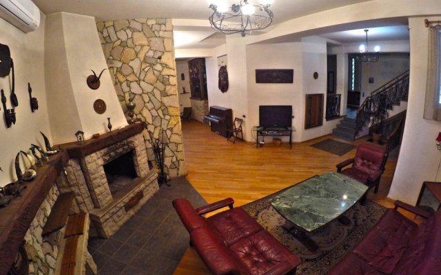 Classical Green Hostel Тбилиси комната для гостей