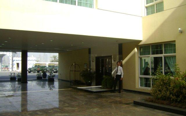 Отель London Suites Hotel ОАЭ, Дубай - отзывы, цены и фото номеров - забронировать отель London Suites Hotel онлайн вид на фасад