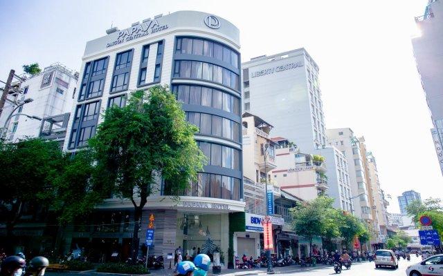 Papaya Saigon Central Hotel вид на фасад