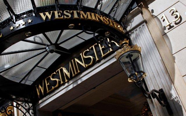 Отель Westminster Opera Париж вид на фасад