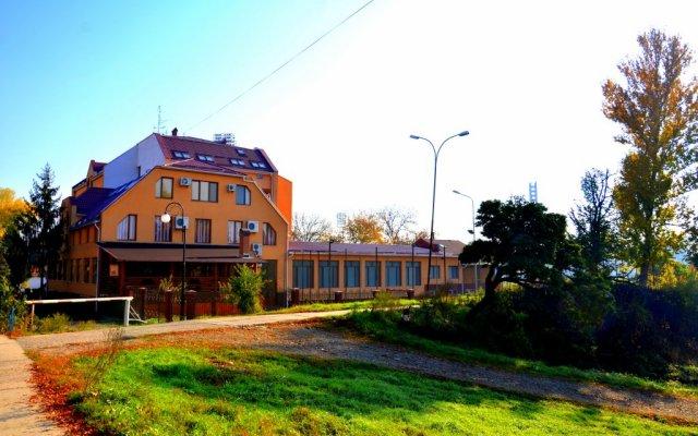 Олимп Отель вид на фасад