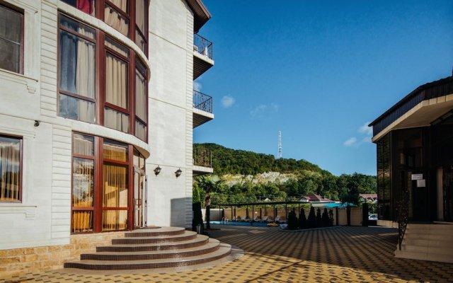 Гостиница Riviera Guest House в Сочи отзывы, цены и фото номеров - забронировать гостиницу Riviera Guest House онлайн вид на фасад