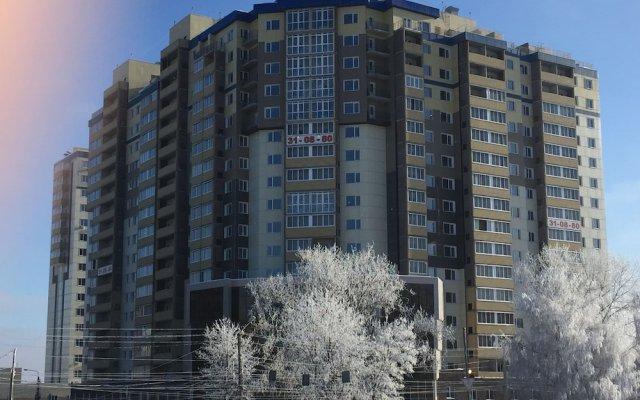 Гостиница Comfort Apartments on Zapolnaya 60 apt 178 в Курске отзывы, цены и фото номеров - забронировать гостиницу Comfort Apartments on Zapolnaya 60 apt 178 онлайн Курск вид на фасад