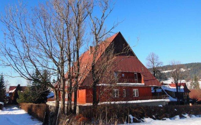 Отель Ośrodek Wypoczynkowy Klimacik вид на фасад