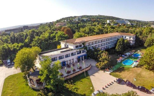 Отель Chaika Hotel Болгария, Св. Константин и Елена - отзывы, цены и фото номеров - забронировать отель Chaika Hotel онлайн вид на фасад