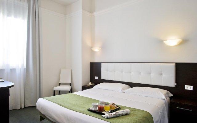 Hotel La Riva комната для гостей