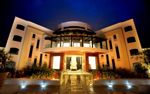 Отель Cabo Azul Resort by Diamond Resorts вид на фасад