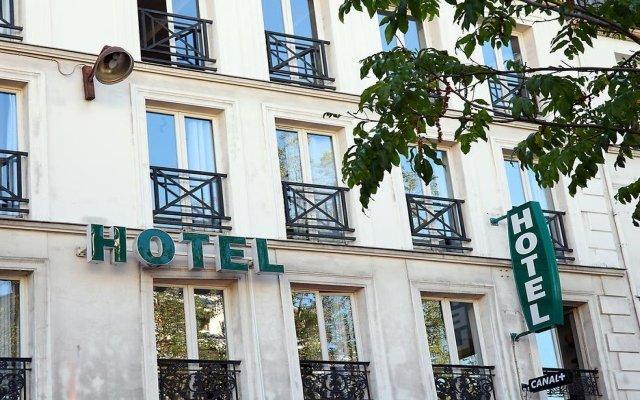 Отель Hôtel De La Tour Париж вид на фасад
